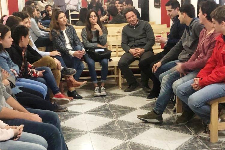 Sanchez Zinny convocó a jóvenes en Mercedes para debatir sobre Educación