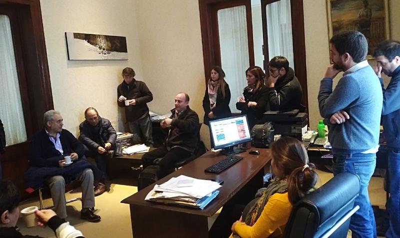 Reunión entre Municipio y Universidad Arturo Jauretche por biodigestores y cuidado ambiental