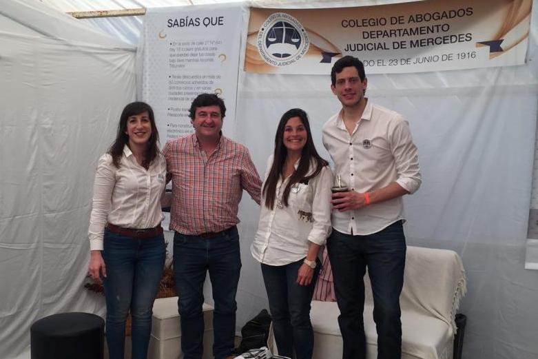 Jóvenes abogados en la Expo Rural de Chivilcoy
