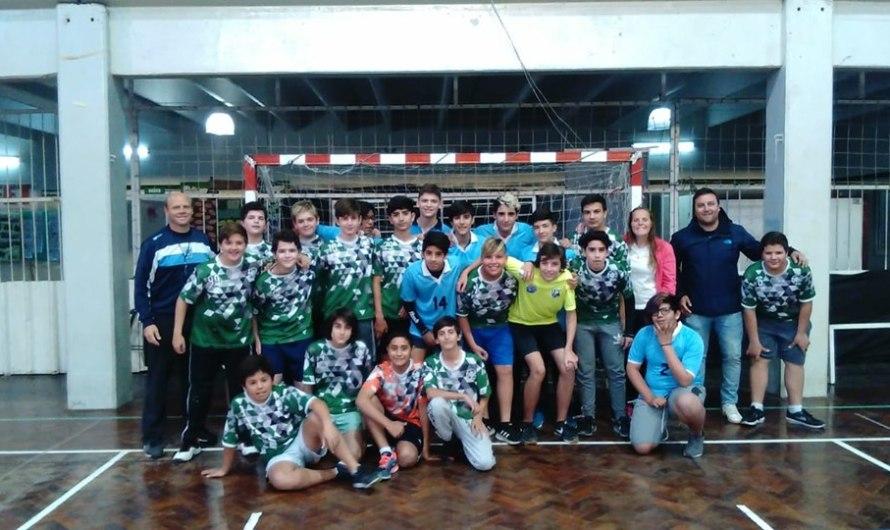 El handball se jugó de noche en el CEF 40