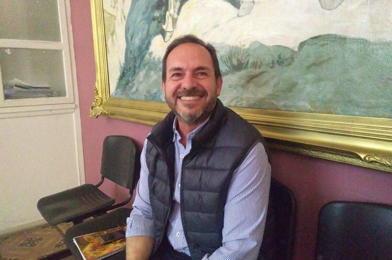 Carlos Milhomme se perfila para nuevo presidente de la Cooperadora del Dubarry
