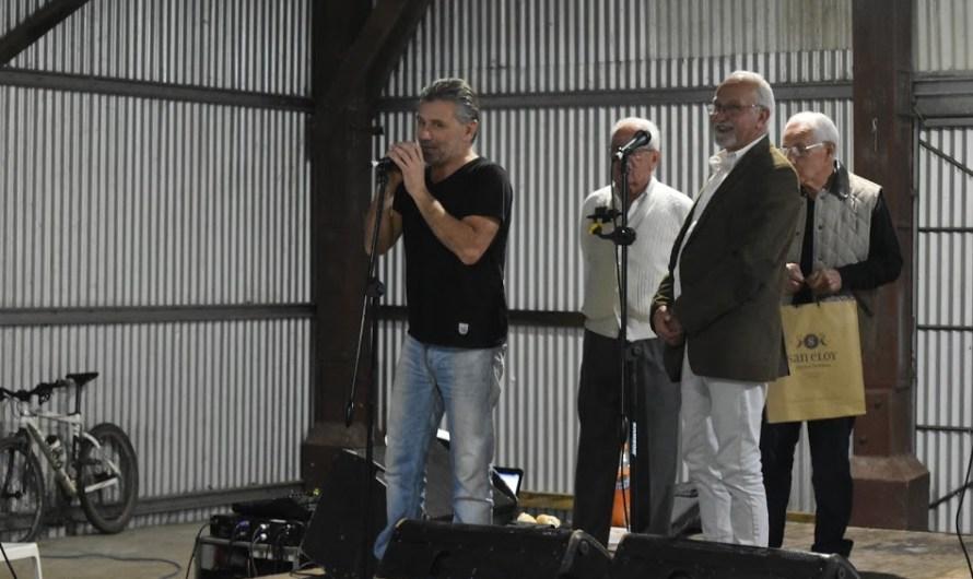 Con estrellas del automovilismo el Huracán Automovil Club vivió su gran noche solidaria en La Trocha