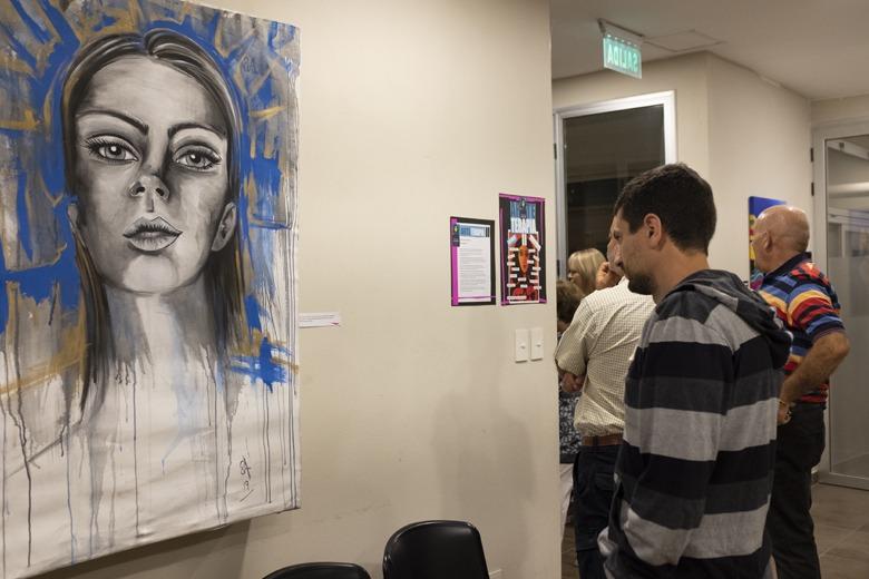 Exposición de cuadros: Arte Terapia II en el SAPEC
