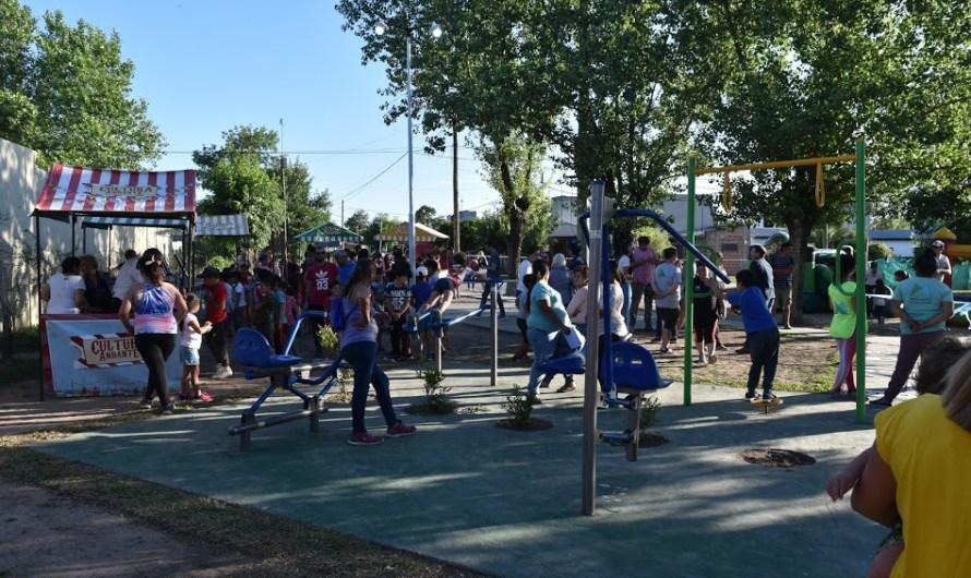 Ponen en valor e inauguran plaza para barrios San Martín y 12 de Octubre