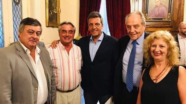 Selva junto a otros diputados se reunieron con cooperativas argentinas