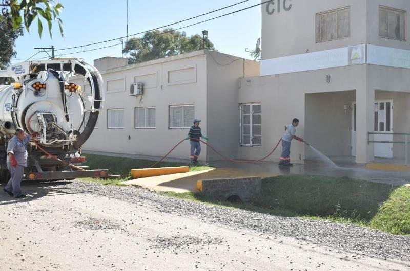 Coronavirus: Desinfectan e higienizan edificios y espacios públicos
