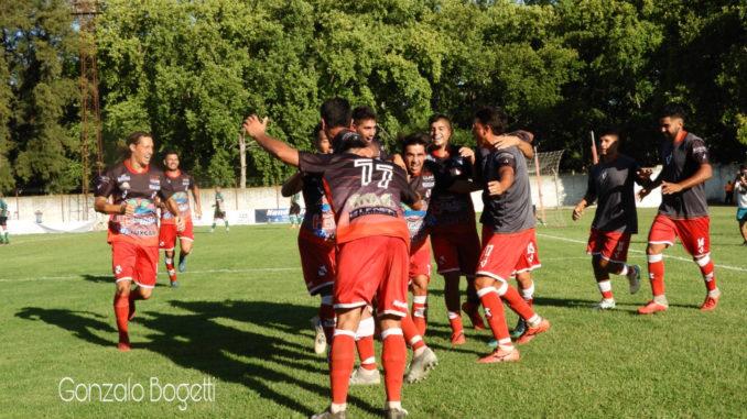 Luján, con Matías Caputo, Gonzalo Pérez y Franco Gatti como titulares, venció a Dock Sud y se mete en la pelea de la Primera C (video)