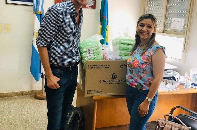 La empresa LUDMARC dona toallitas femeninas al Hospital y a la Casa de la Mujer