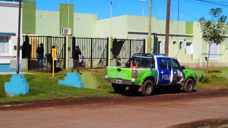 Chivilcoy: la internan por sospechas de coronavirus, muere y detienen a su pareja por violencia
