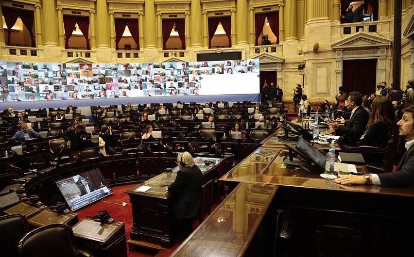 Carlos Selva fue parte del primer simulacro de sesión virtual en Diputados