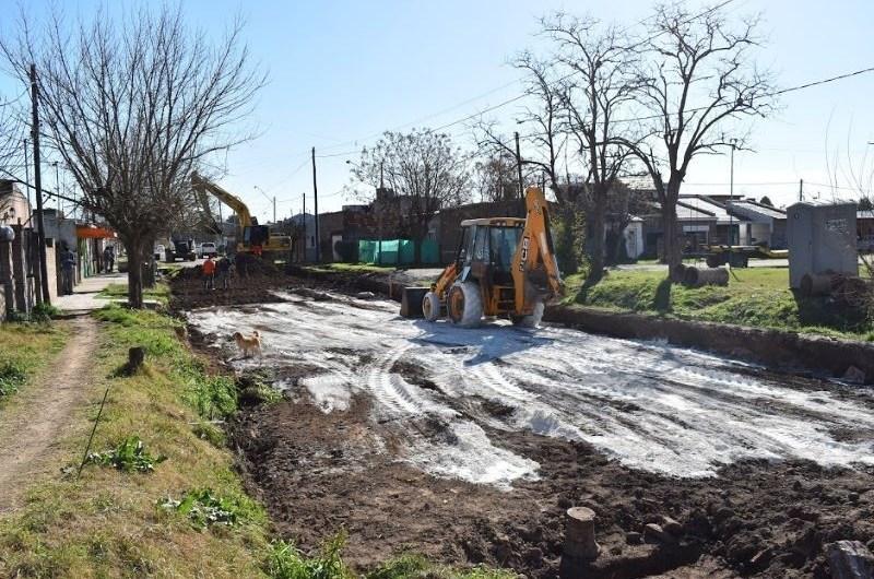 Iniciaron obra de pavimentación en el barrio San José