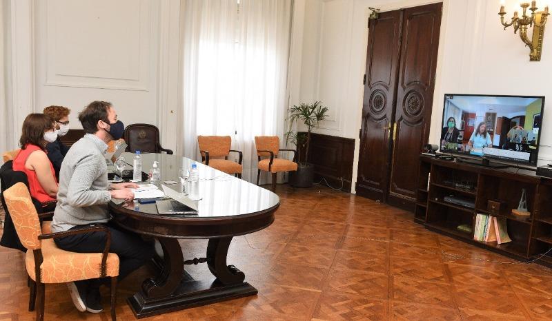 Provincia reanuda las negociaciones paritarias con estatales