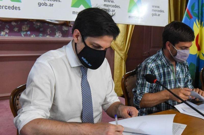 Demarco: «Tiran a la basura el proyecto del edificio propio del CENS»