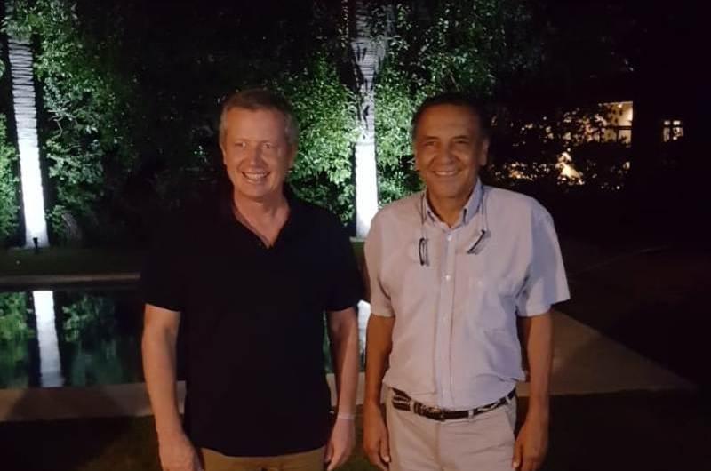 Juan Carlos Benítez en reunión para impulsar a Monzó a la gobernación