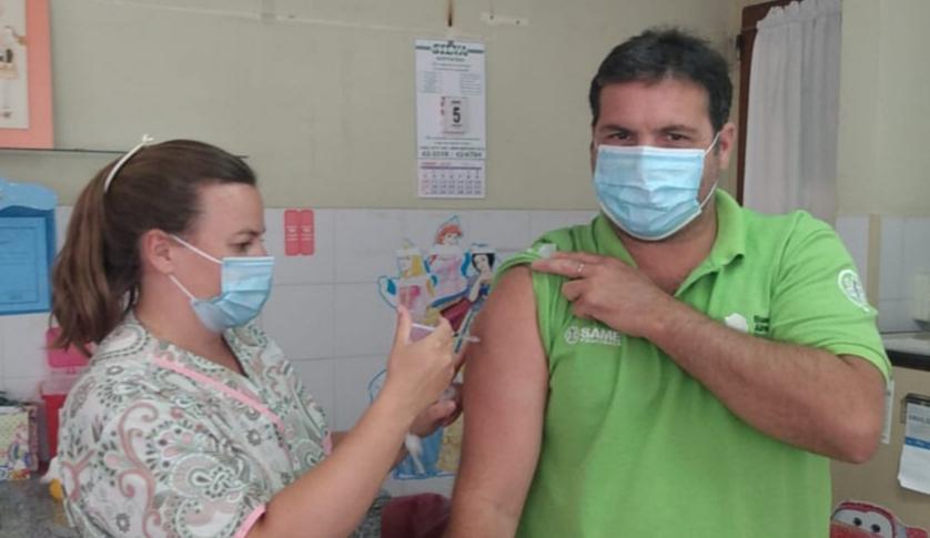"""Matías Dematei recibió la vacuna: """"Debemos seguir cuidándonos mucho"""""""