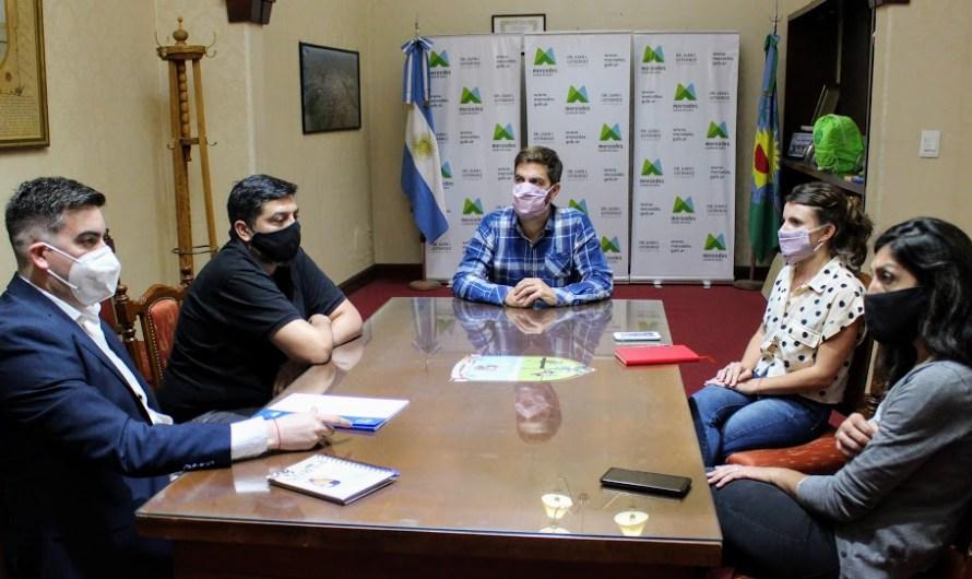 Ustarroz recibió a representantes de la Superintendencia de Riesgos del Trabajo