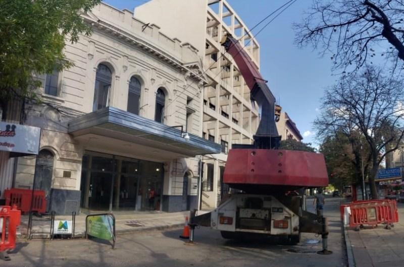 Avanza obras en la Sala de la planta alta del Teatro Municipal