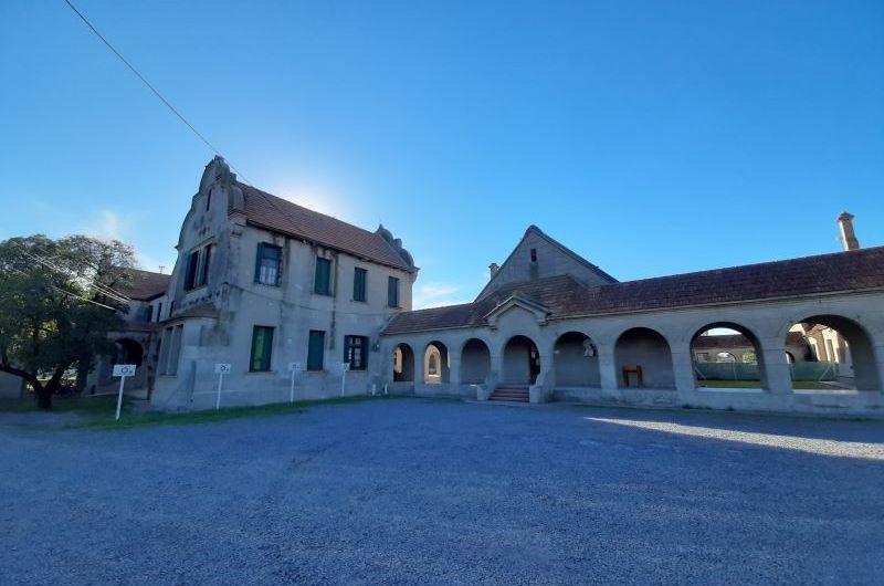 Instituto Saturnino Unzué: destacan edificio inaugurado en mayo de 1941
