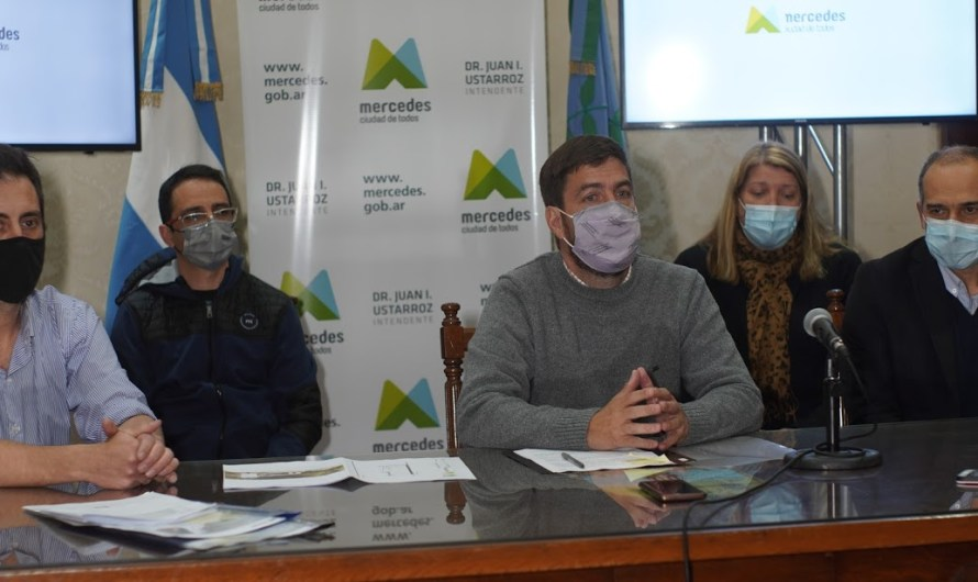Ustarroz firmó el inicio de obra del edificio de Zoonosis y Bromatología