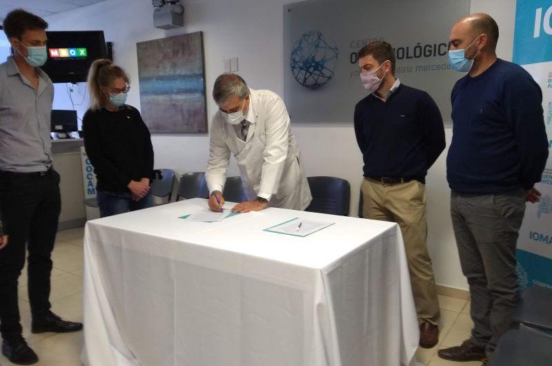 IOMA firma convenio con Centro Oftalmológico de Mercedes