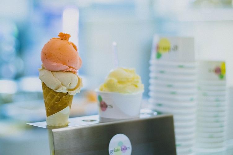 helado heladeria cucurucho