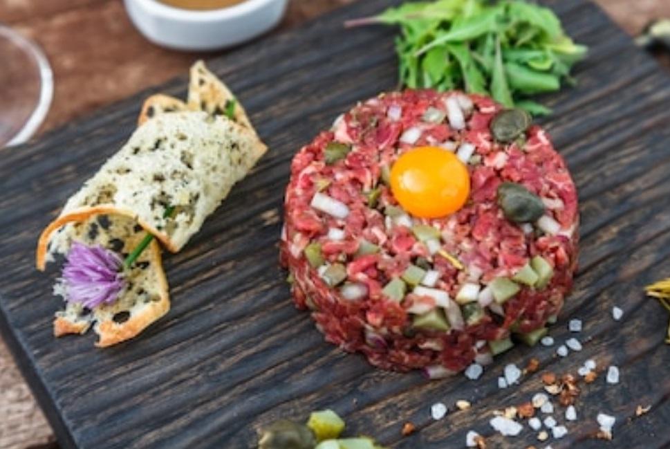 steak tartar ingredientes
