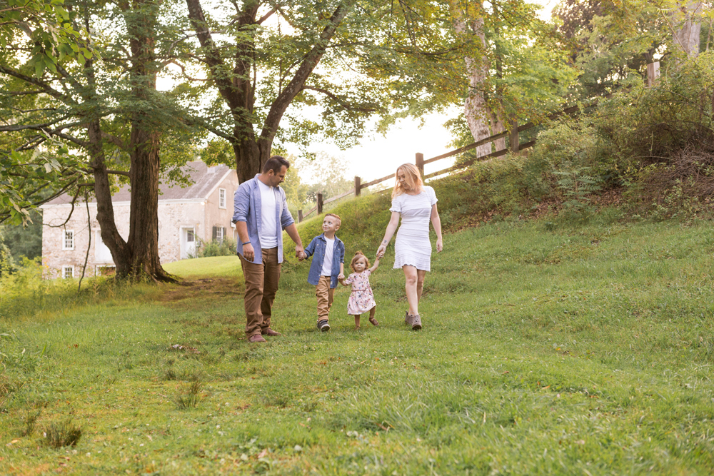 What to Bring to a Family Portrait Session