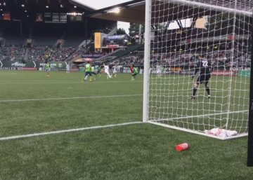 Villyan Bijev nets the winning goal against rivals Seattle Sounders!