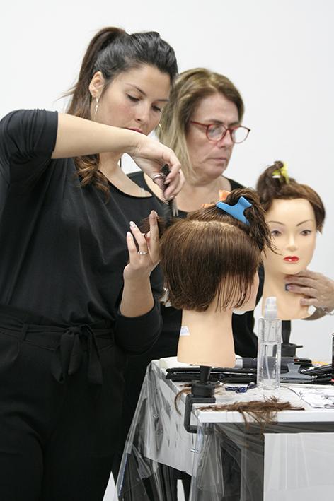 taglio testine capelli