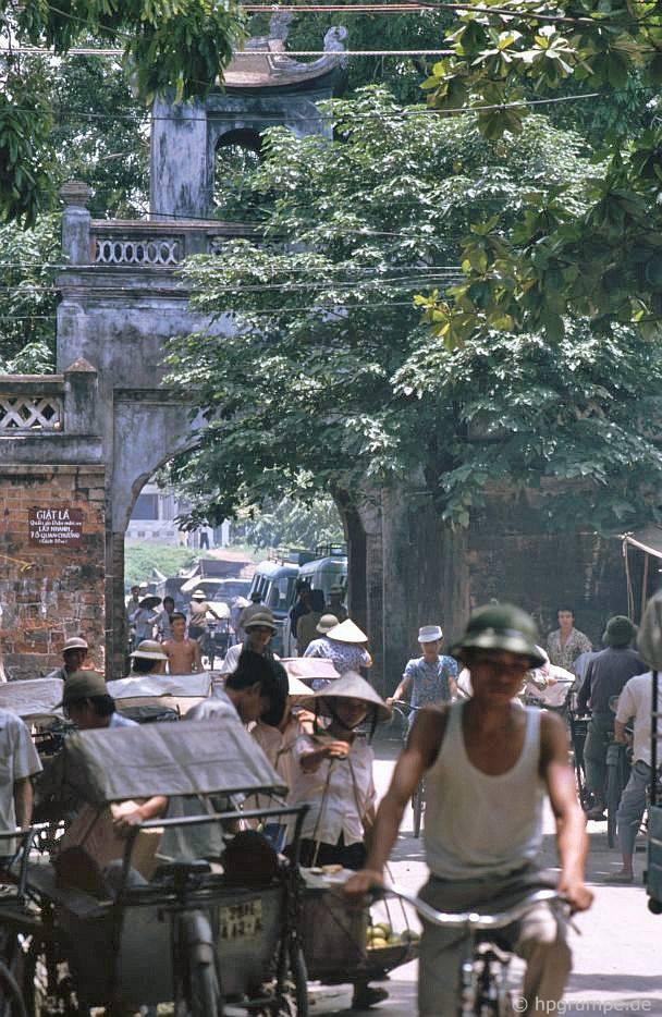 Ô Quan Chưởng - Việt Nam 1991-1993 @Hans-Peter Grumpe. Bản quyền thuộc tác giả.