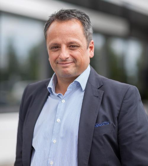 Dr Stefan Girschik