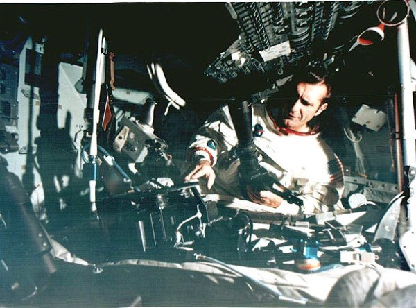 Apollo 12 Lunar Surface Journal : Crew