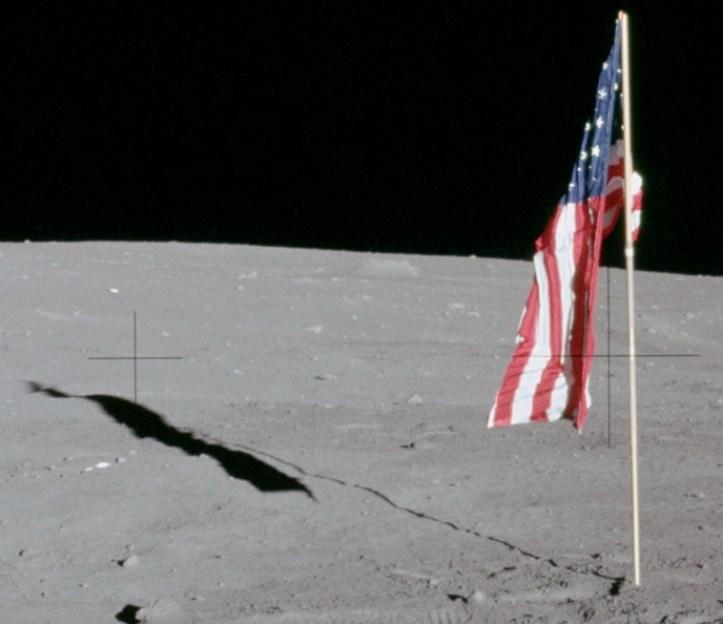 Detalle del 6983 muestra la bandera de cojera