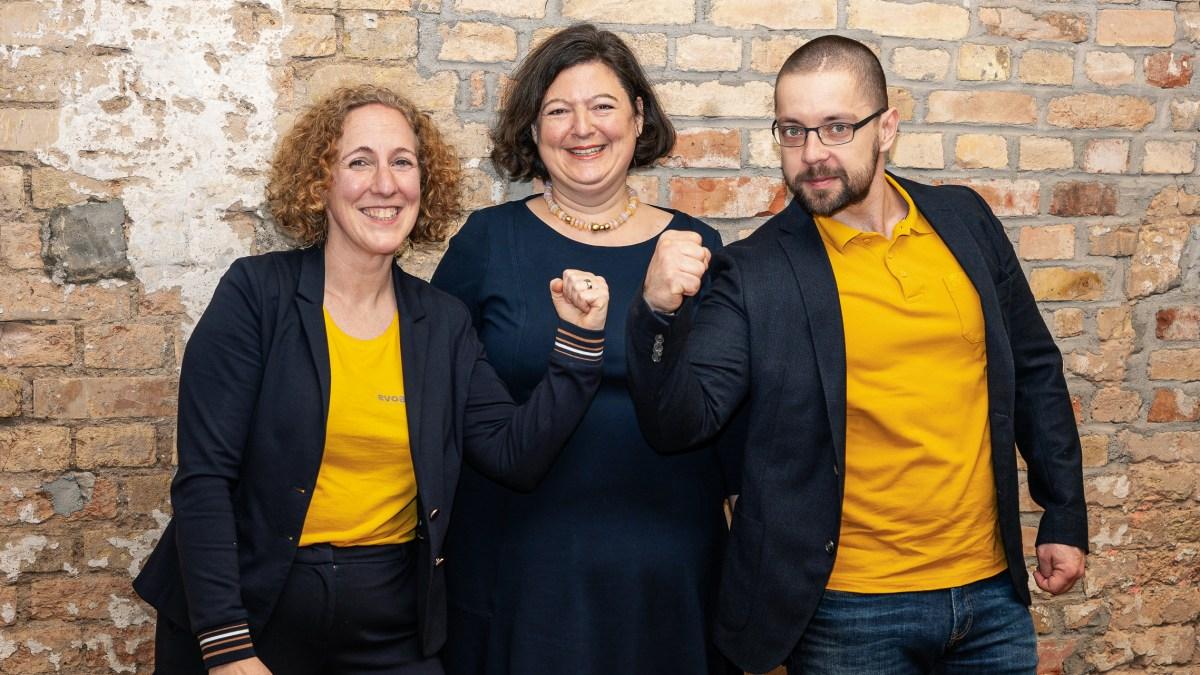Digitales Selbstcoaching mit Chatbots – kommt jetzt das Coaching für alle? Interview mit evoach-Gründerin Rebecca Rutschmann