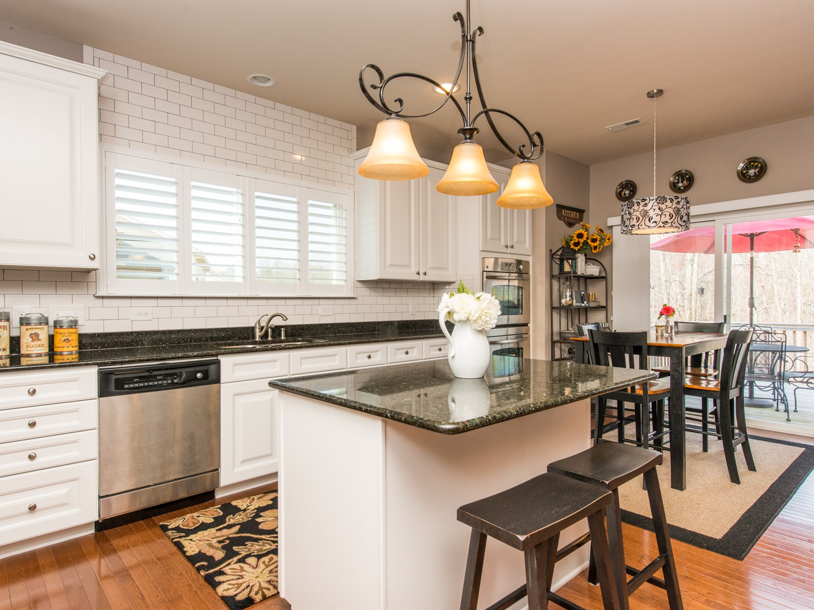 Stylish kitchen in Holly Glen home in Holly Springs, NC