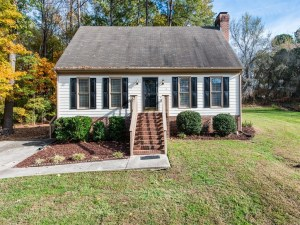 Under Contract: Three Bedroom Cape Cod in Durham's Woodcroft