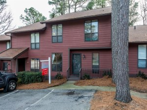 Now Showing: Three Bedroom Townhouse Near Lake Johnson and NC State