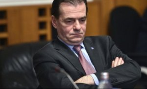 Orban și moțiunea. Trădare sau prostie?
