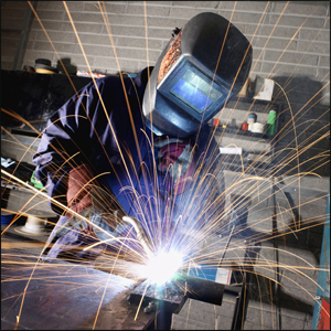 More youngsters choose apprenticeships as choices grow for school leavers