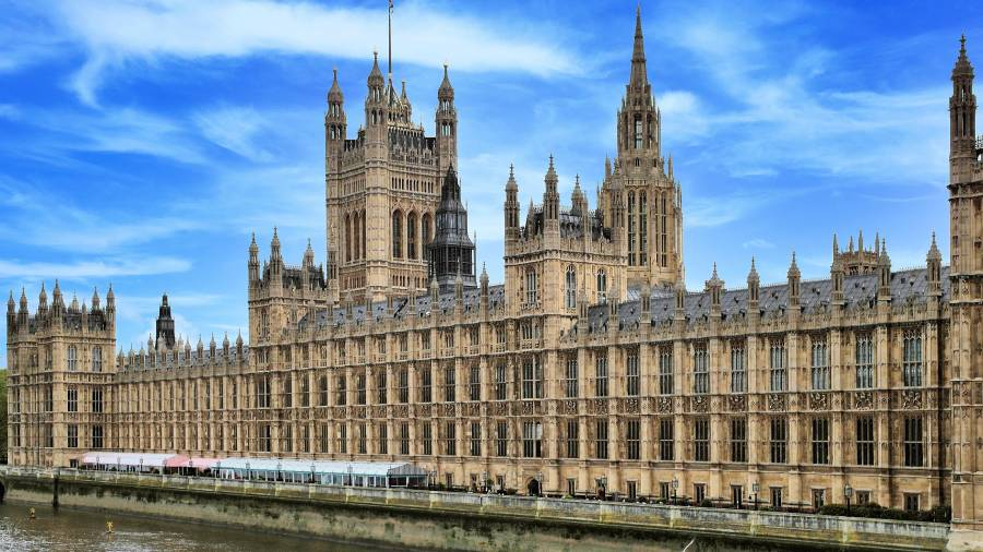 Government join Google to improve candidates' digital skills