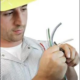 Worker suffers 33,000-volt shock