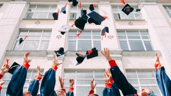 Over four-fifths of grads feel companies favour 'posh' Russell Group alumni