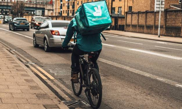 Deliveroo riders lose battle to receive employment rights