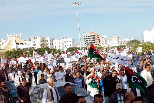 https://i1.wp.com/www.hrw.org/sites/default/files/media/images/photographs/2013-libya-protest.jpg