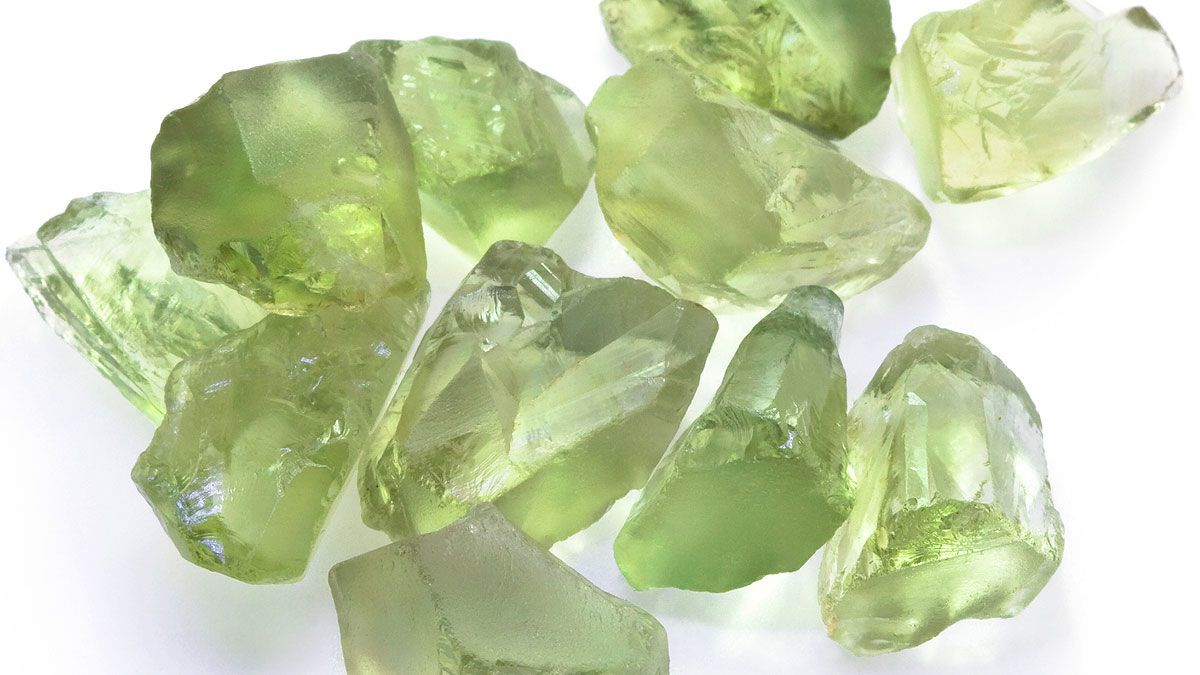 Green Gemstones Guide Jewellery Gemstone Guide HSamuel
