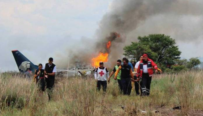 The Plane Crash In Northern Mexico Injures 85 Of The 103 People Onboard, But No Deaths Reported