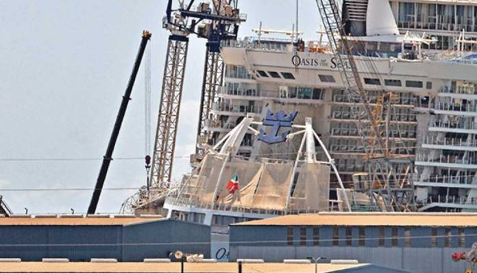 Construction Crane Falls on Royal Caribbean Cruise Ship in Bahamas, Injures 8