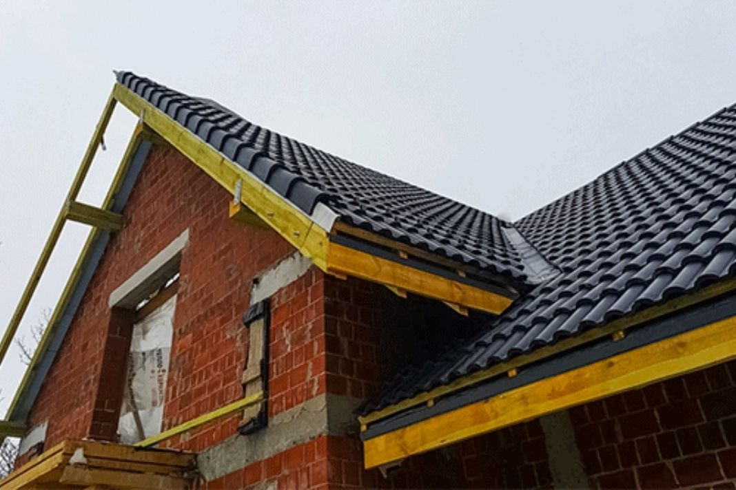 Safety Requirements While Working On Low Slope Roofs, Including The Use Of Designated Areas