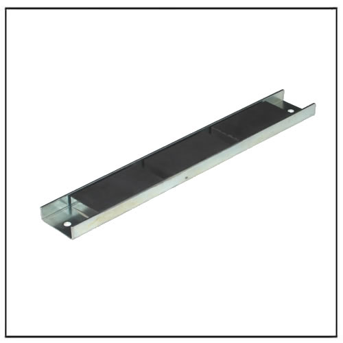 ceramic magnetic channel assembly