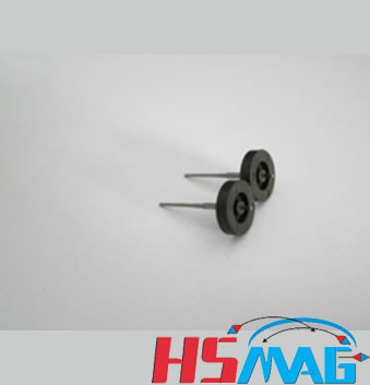 Automotive odometer injection magnet